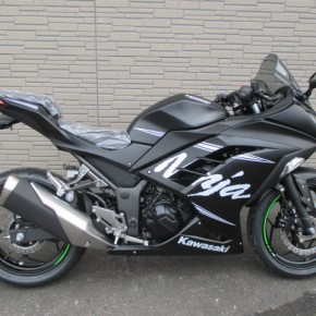 Kawasaki Ninja250 特別キャンペーン開催
